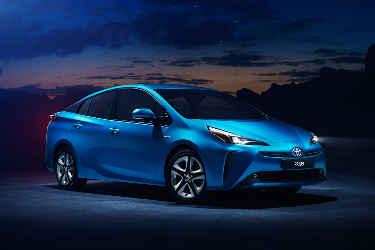 2019 Toyota Prius with new Hybrid AWD-i system