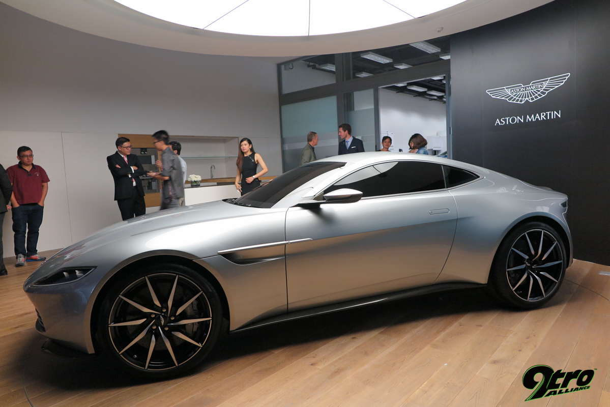 new aston martin singapore showroom opening 9tro. Black Bedroom Furniture Sets. Home Design Ideas