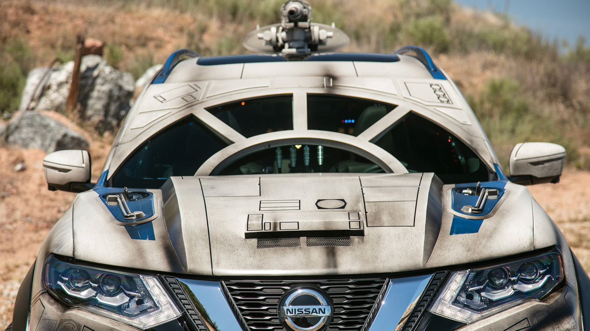 Nissan's Millennium Falcon-inspired Rogue Hits Red Carpet
